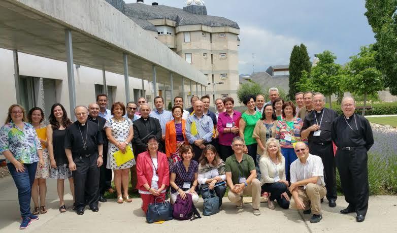 Encuentro entre Obispos y Profesores Universitarios